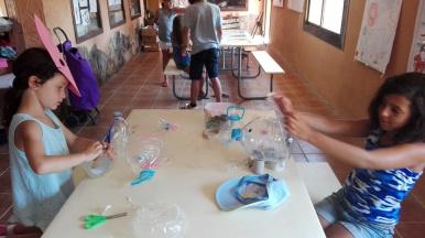 creant amb material reciclat